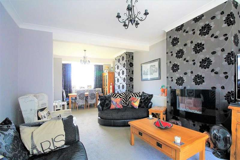 3 Bedrooms Semi Detached House for sale in Dunblane Road, Eltham