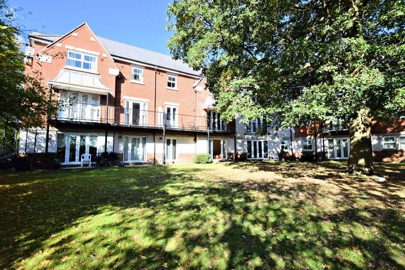 2 Bedrooms Flat for sale in Rossby, Shinfield, Reading, RG2