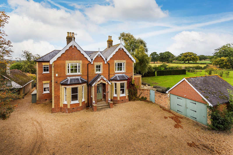 6 Bedrooms Detached House for sale in Haxted Road, Lingfield, RH7