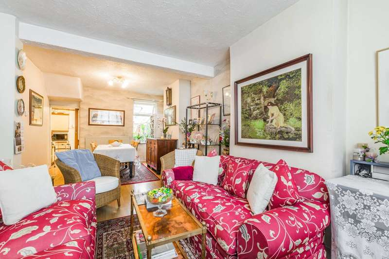 3 Bedrooms Terraced House for sale in Morley Road, West Ham, E15