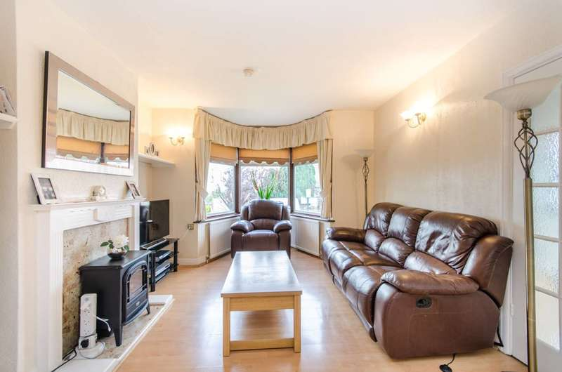 4 Bedrooms Detached House for sale in Paddock Road, Dollis Hill, NW2