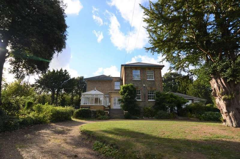 4 Bedrooms Detached House for sale in Rectory Lane, Sidcup, DA14 5BP