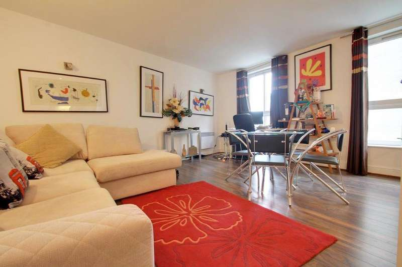 1 Bedroom Apartment Flat for sale in Dryden Building, Commercial Road, London E1