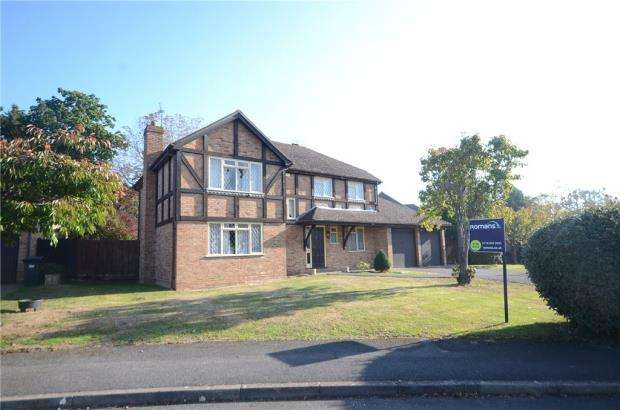 4 Bedrooms Detached House for sale in Grangely Close, Calcot, Reading