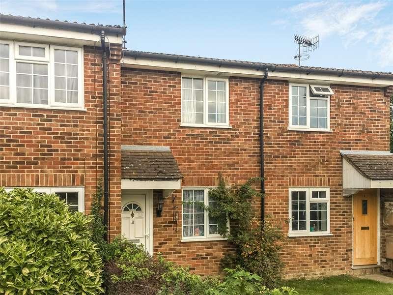 2 Bedrooms Terraced House for rent in Fairstone Court, Tanyard Way, Horley, Surrey, RH6