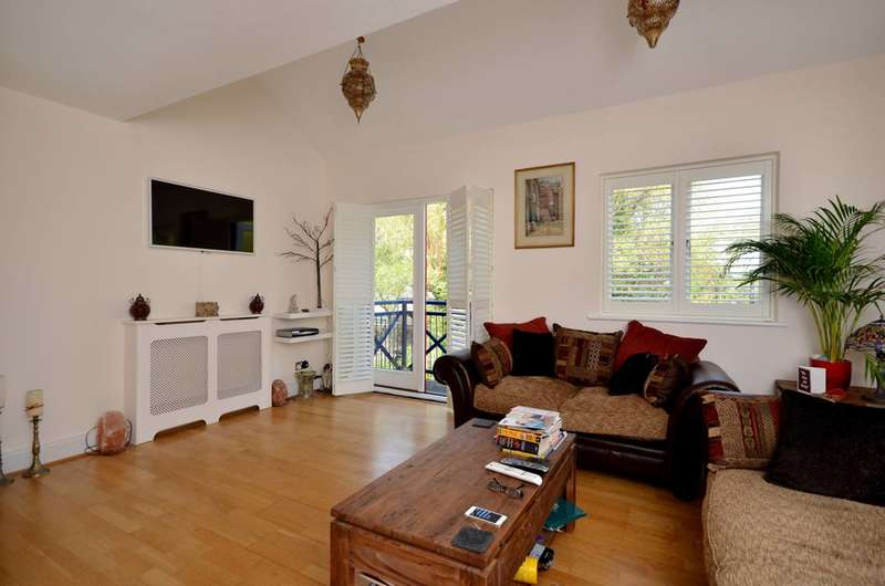 4 Bedrooms House for sale in Benson Quay, Wapping, E1W