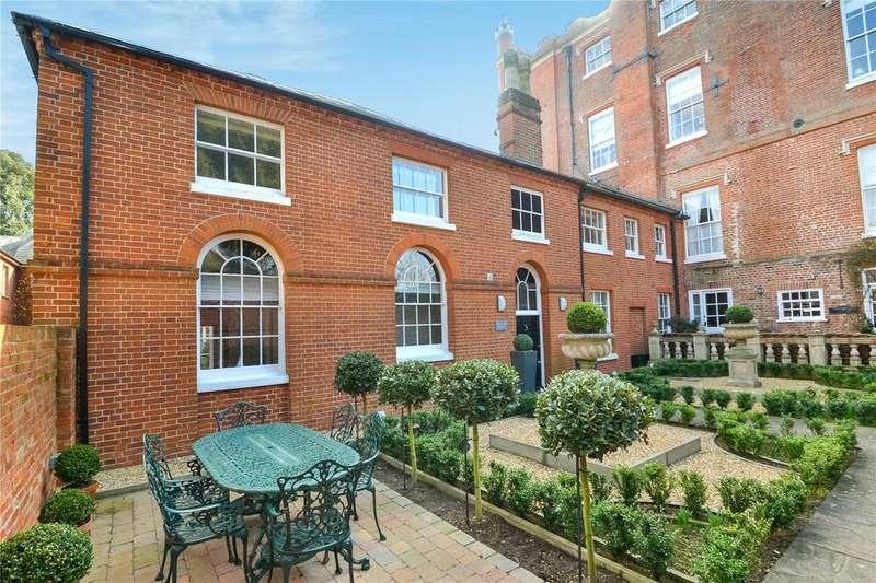 2 Bedrooms House for sale in Broke Hall, Nr Ipswich, Suffolk, IP10