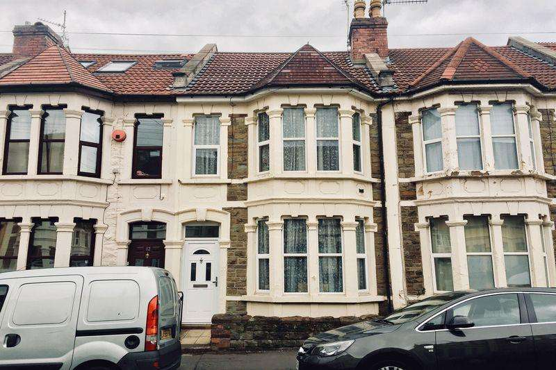 3 Bedrooms Terraced House for sale in Leonard Road, Bristol, BS5 9NS