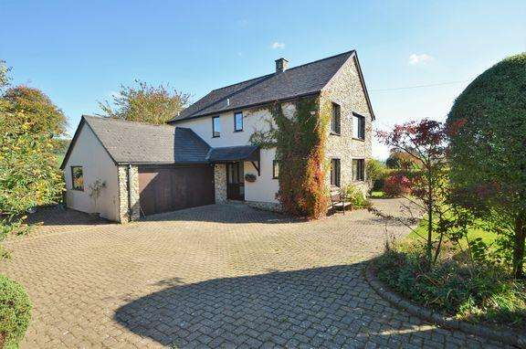 3 Bedrooms Detached House for sale in OPEN HOUSE - Saturday, October 20th 9.30am - 11am