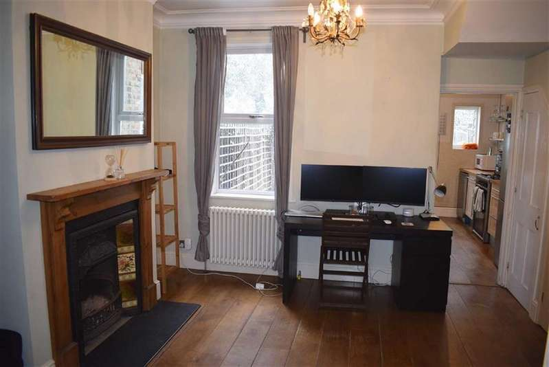 2 Bedrooms House for sale in Lansdowne Road, Walthamstow, London, E17