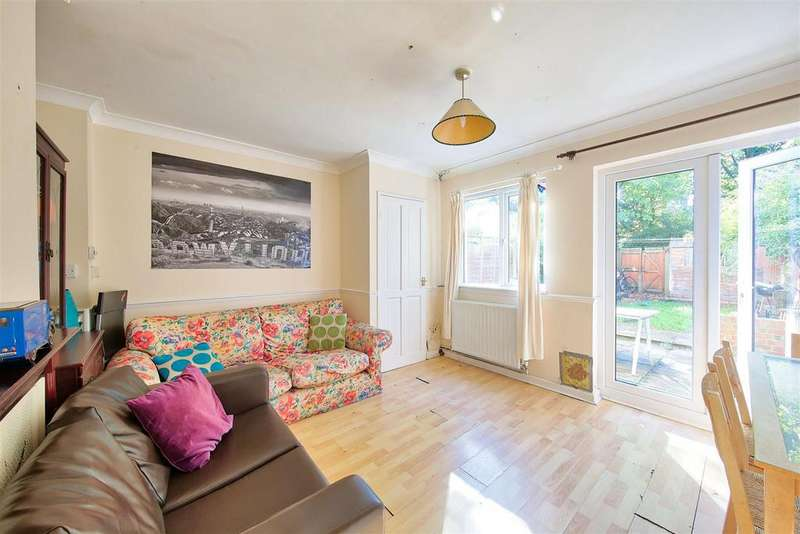 4 Bedrooms Semi Detached House for sale in Cortis Road, London