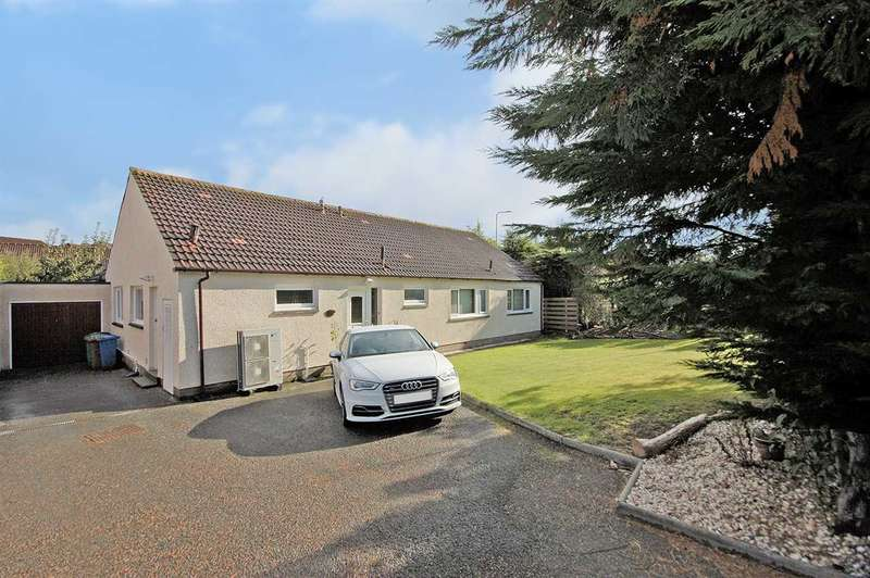 4 Bedrooms Detached Bungalow for sale in Earn Grove, Dunfermline