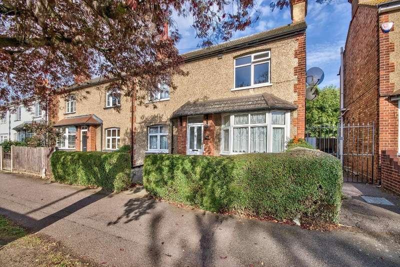3 Bedrooms Semi Detached House for sale in Goldington Road, Bedford, MK40 3EF