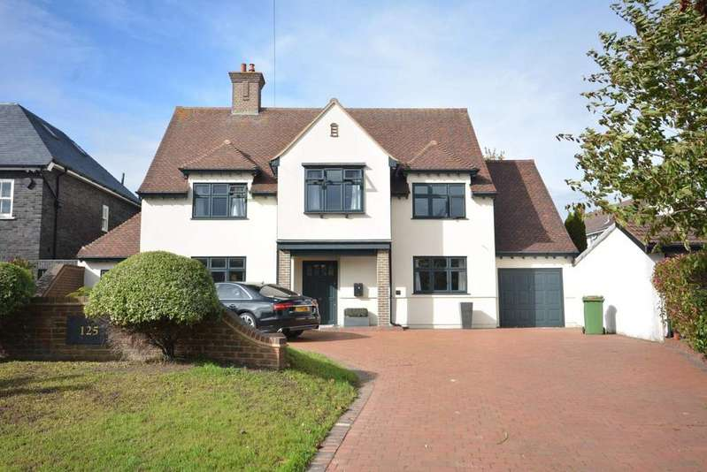 4 Bedrooms Detached House for sale in Wingletye Lane, Borders Of Emerson Park, Hornchurch, Essex RM11