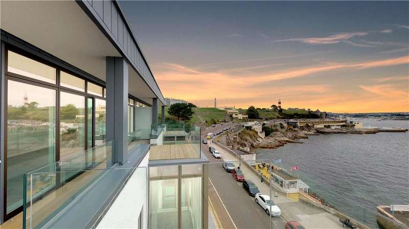4 Bedrooms Flat for sale in The Penthouse, Rivage Apartments, Pier Street, Plymouth, Devon, PL1