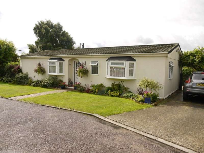 2 Bedrooms Park Home Mobile Home for sale in Flaunden Park, Flaunden, HP3