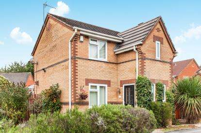 3 Bedrooms Detached House for sale in Alderton Drive, Westhoughton, Bolton, Greater Manchester, BL5