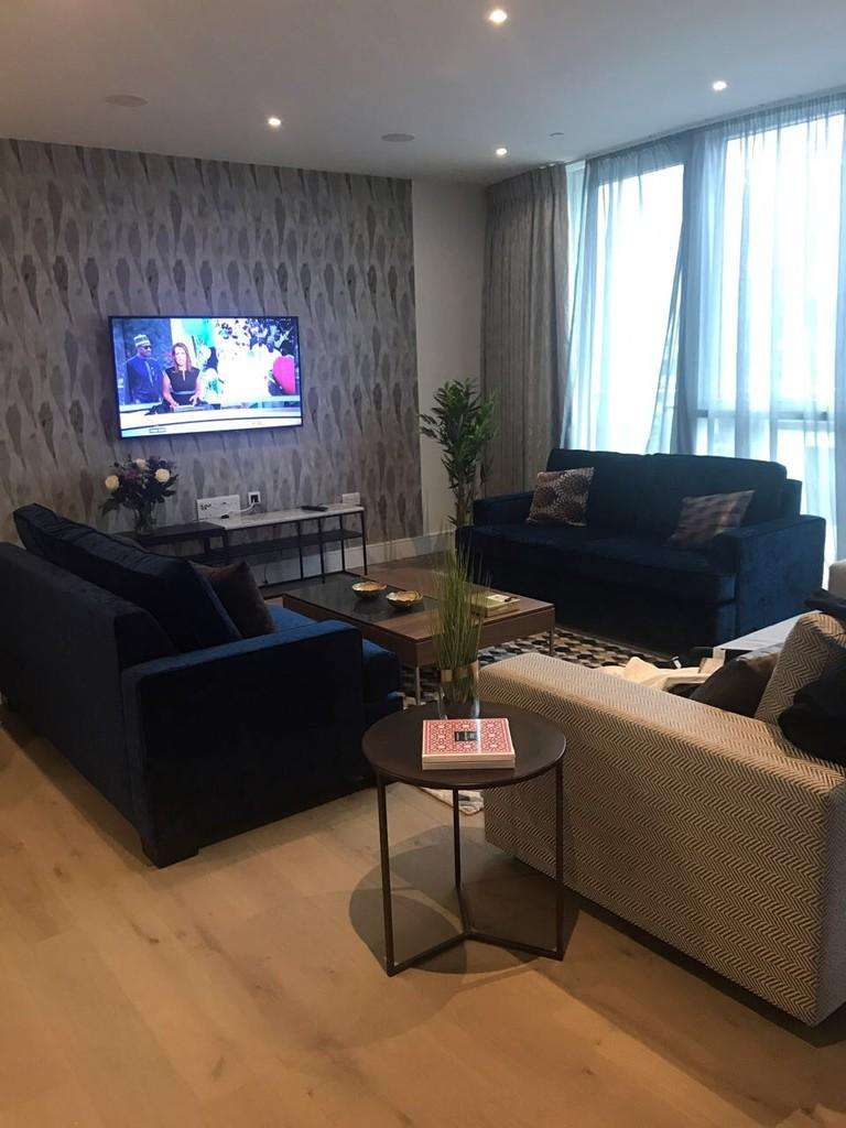 3 Bedrooms Apartment Flat for sale in Pinnacle House, Battersea Reach