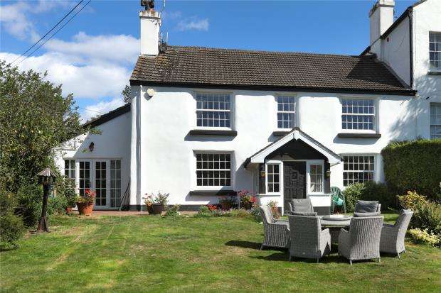 5 Bedrooms Semi Detached House for sale in Gabwell Hill, Stokeinteignhead, Newton Abbot, Devon