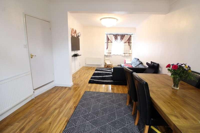 2 Bedrooms Terraced House for sale in London Road, Purfleet