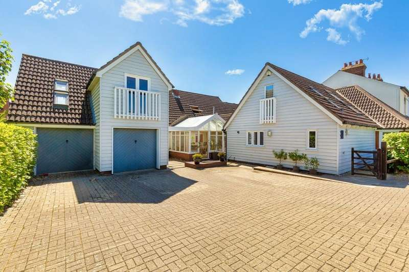 5 Bedrooms Detached House for sale in Haverhill Road, Little Wratting, Cambridgeshire, CB9