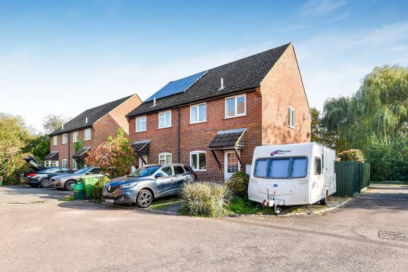 3 Bedrooms House for sale in Butson Close, Newbury, RG14