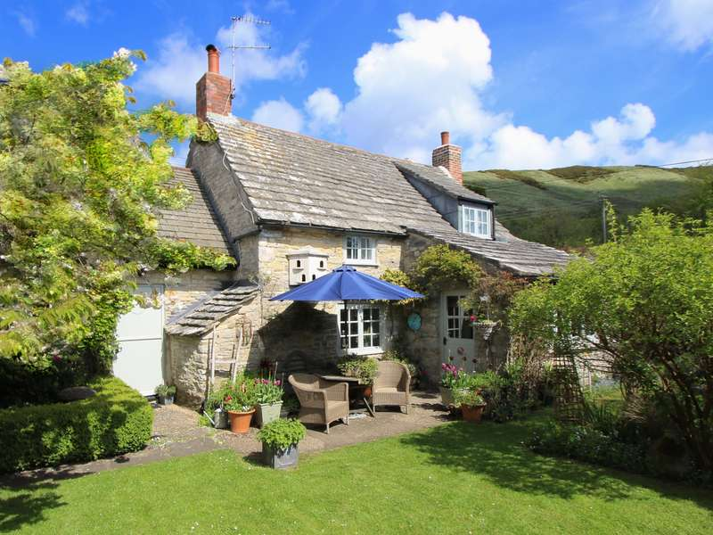 3 Bedrooms Detached House for sale in ULWELL, SWANAGE