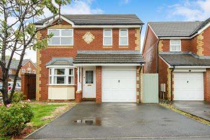 4 Bedrooms Detached House for sale in Penrose Drive, Bradley Stoke, Bristol, Gloucestershire