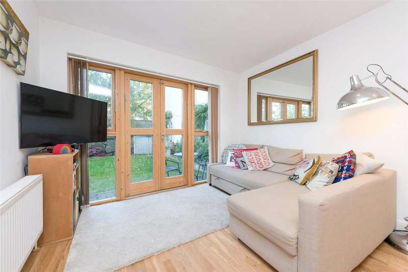 3 Bedrooms End Of Terrace House for sale in Oak Tree Mews, London, NW2