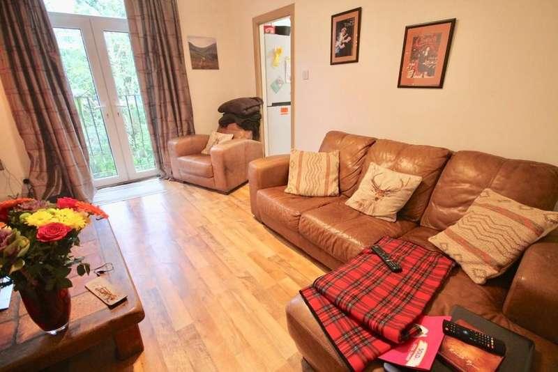 2 Bedrooms Flat for sale in Ridge Steps, Todmorden