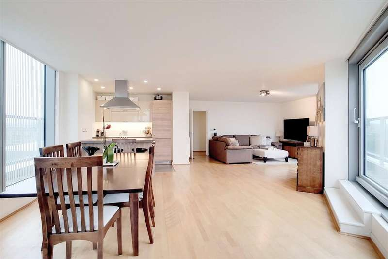 2 Bedrooms Flat for sale in Little Thames Walk, Deptford, London, SE8