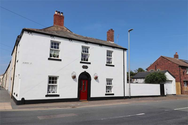 2 Bedrooms End Of Terrace House for sale in CA6 5SF Albert Street, Longtown, Carlisle, Cumbria