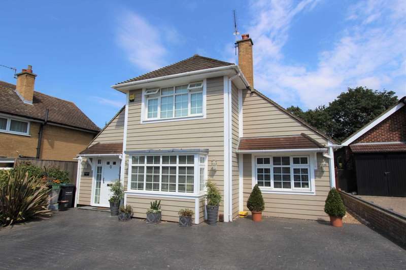 4 Bedrooms Detached House for sale in Chalky Bank, Gravesend