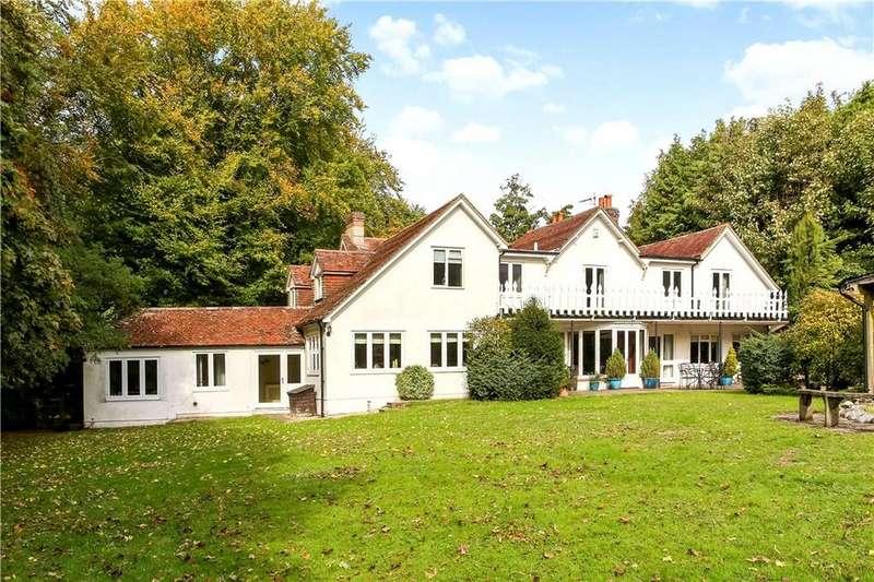 5 Bedrooms Detached House for sale in Kempshott Park, Dummer, Basingstoke, Hampshire, RG25