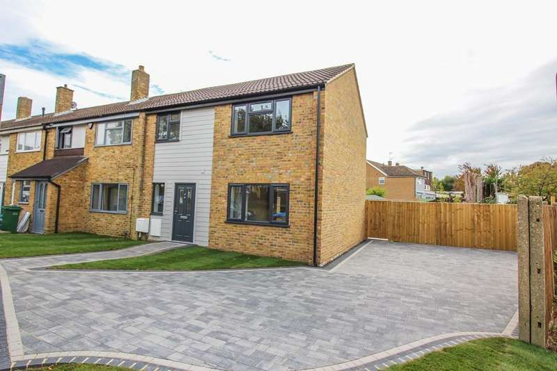 3 Bedrooms End Of Terrace House for sale in Wharley Hook, Harlow, CM18