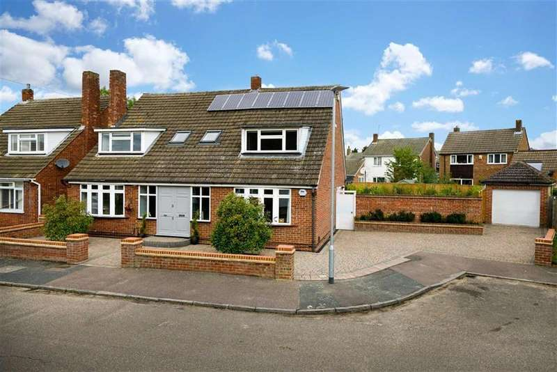 5 Bedrooms Detached House for sale in Compton Gardens, St Albans, Hertfordshire