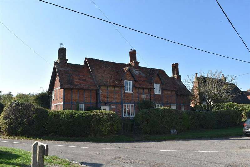 4 Bedrooms Detached House for sale in Orchard Way, Botolph Claydon