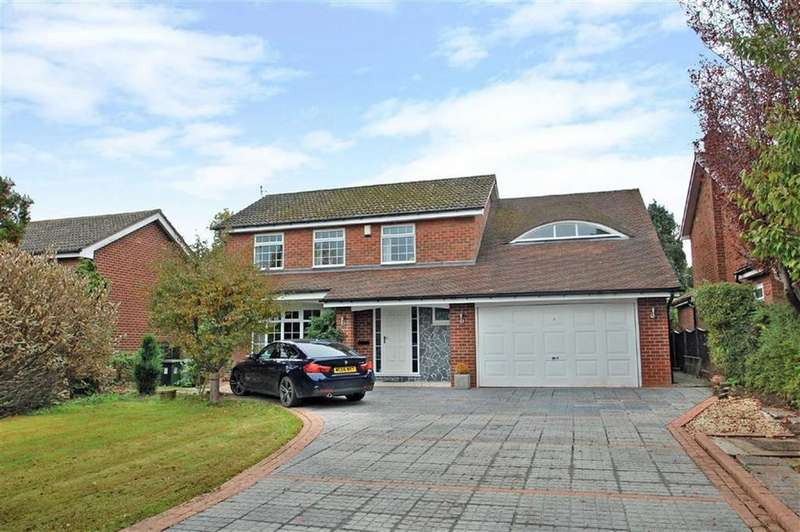 4 Bedrooms Detached House for sale in Hill Drive, Handforth, Cheshire
