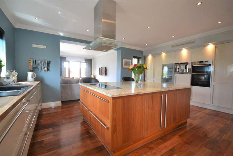 6 Bedrooms Detached House for sale in Kidwelly