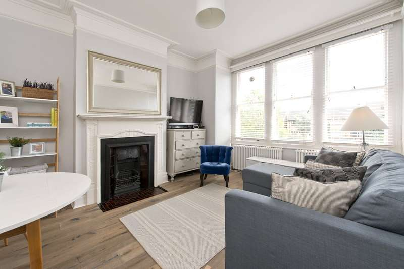 3 Bedrooms House for sale in Church Lane, London, SW17