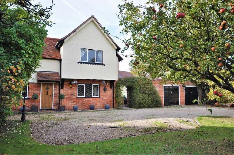 4 Bedrooms Semi Detached House for sale in Blind Lane, Eight Ash Green, CO6 3QD