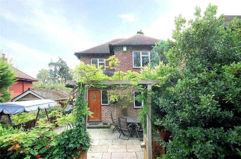 3 Bedrooms Detached House for sale in Danemore Lane, South Godstone, Godstone, Surrey