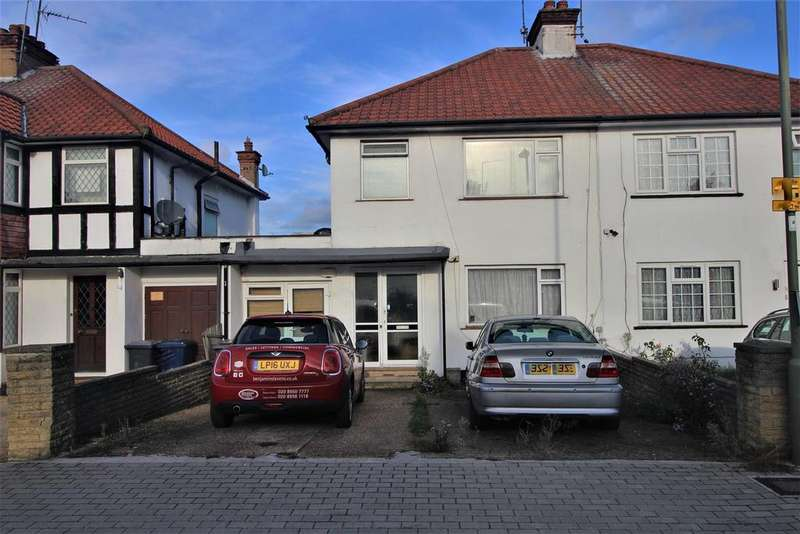 4 Bedrooms House for sale in Greenway Close, London