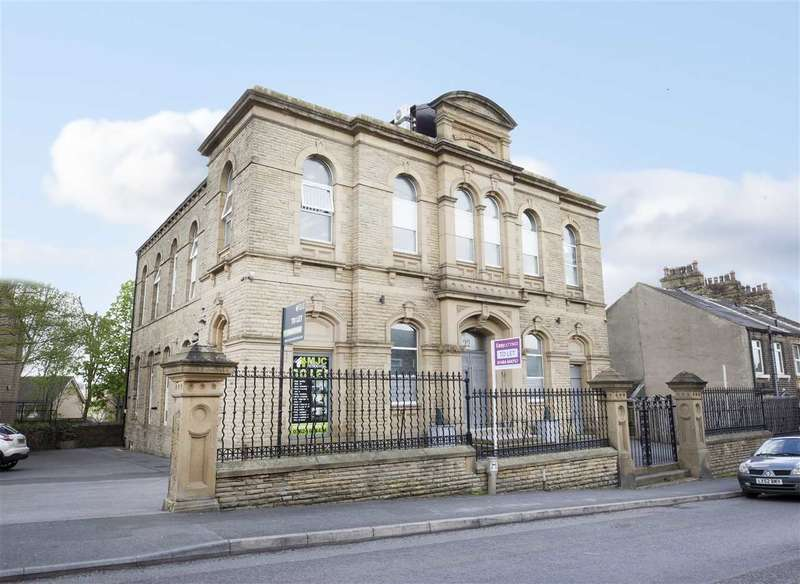 1 Bedroom Detached House for rent in Cross Lane, 22A Cross Lane, Huddersfield