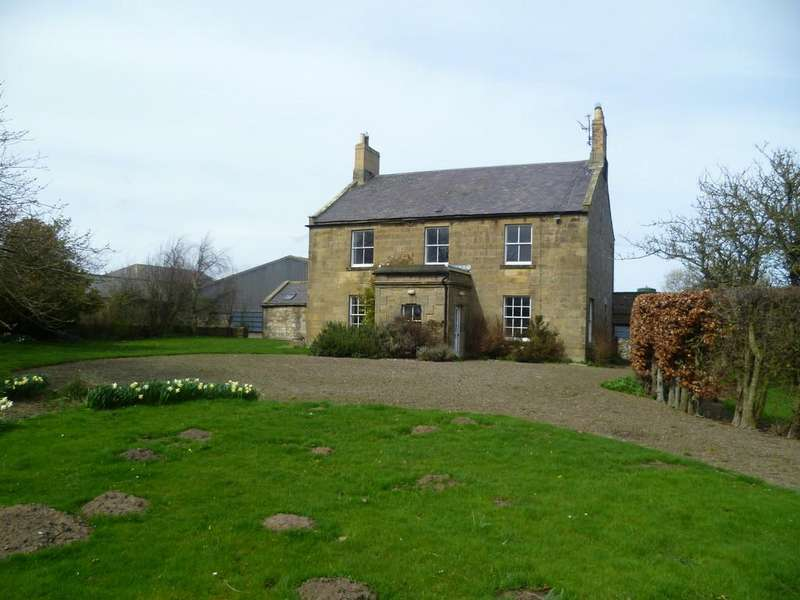 5 Bedrooms Detached House for sale in Longbank Farmhouse