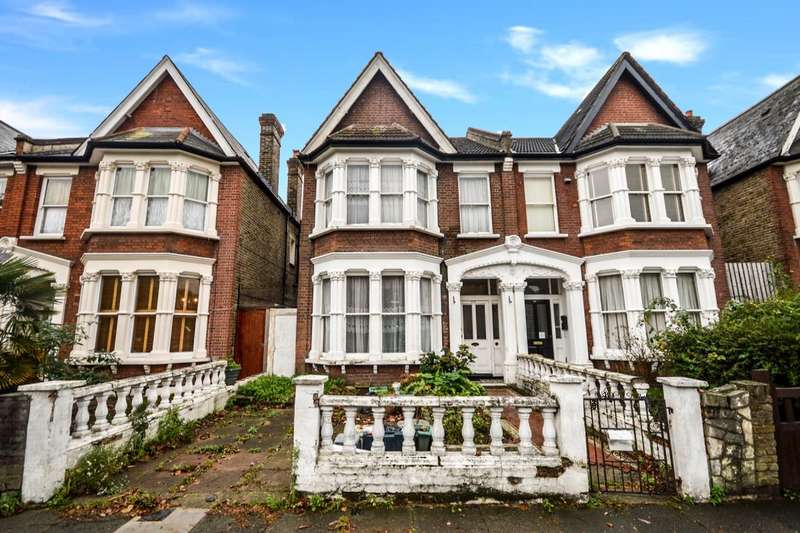 4 Bedrooms Semi Detached House for sale in Bargery Road, London, SE6
