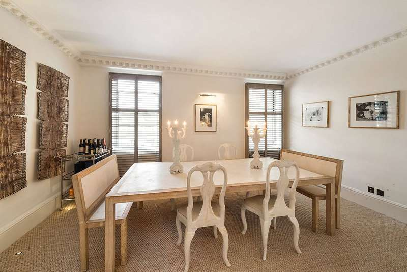 3 Bedrooms Flat for sale in Chester Square, Belgravia, SW1W