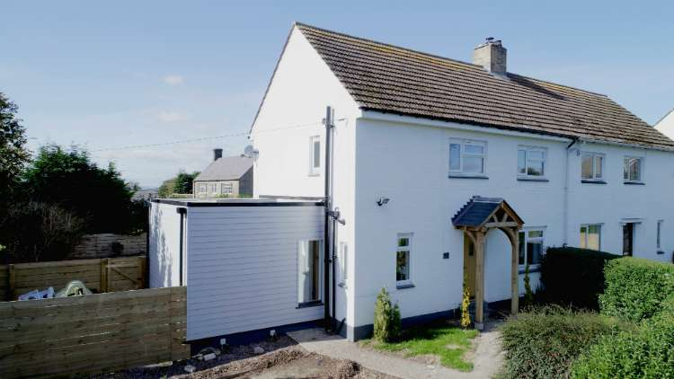 3 Bedrooms Semi Detached House for sale in Horsley, 1 Dunslaw Croft, Newcastle Upon Tyne NE15