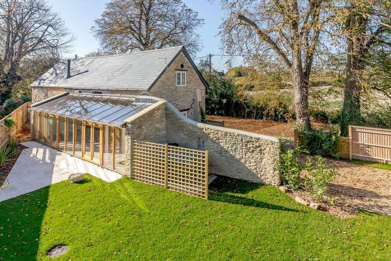 3 Bedrooms Detached House for sale in Main Road, Kiddington, Woodstock, Oxfordshire