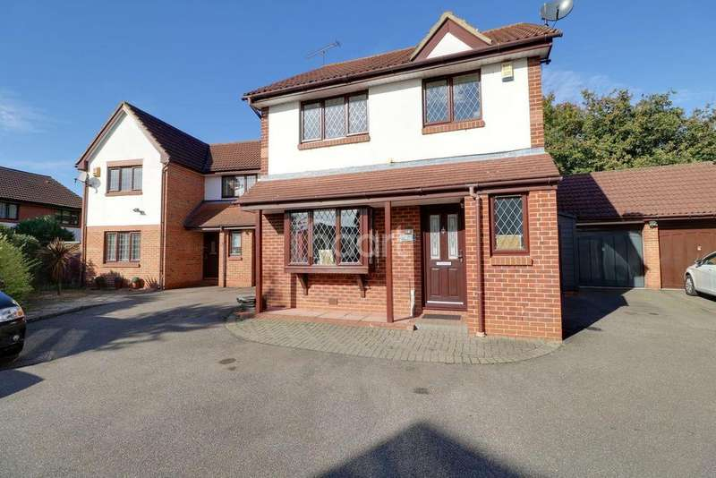 3 Bedrooms Detached House for sale in Cartel Close, Watts Wood, Purfleet RM19 1RZ